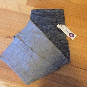 Black and gray yoga pants